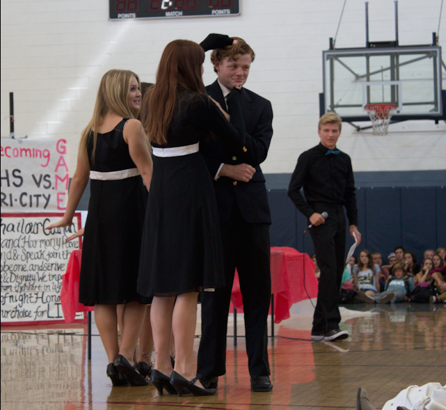 Seniors Chase McCarthy, Jessica Jolley, and Kolbe Schanzenbach and junior Danny Miller take part in a skit written by Noah Castillero. McCarthy said,