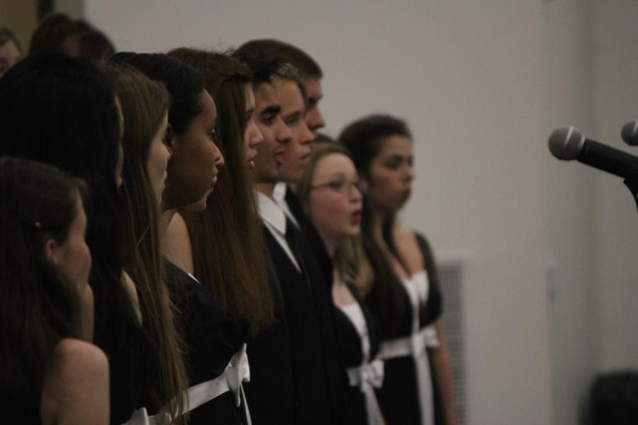 Cahs choir members perform their Holiday Concert on December 9.
