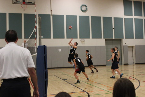 Varsity Boys Volleyball hits off the season