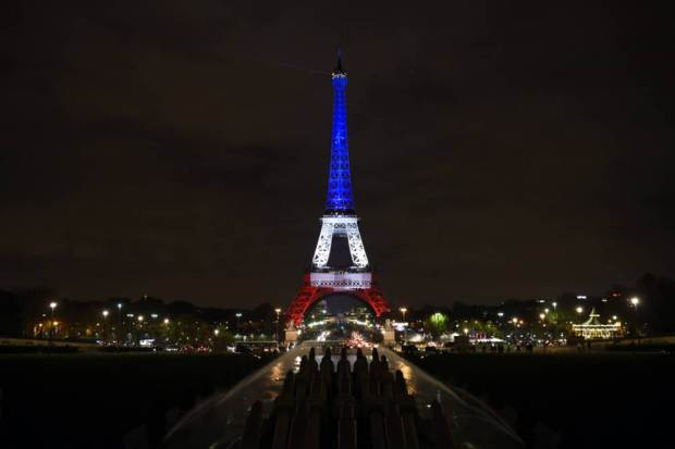 The+colors+of+the+French+flag+illuminated+the+Eiffel+Tower+in+memory+of+the+victims+of+the+attacks+%28Source%3A+Getty+Images%29